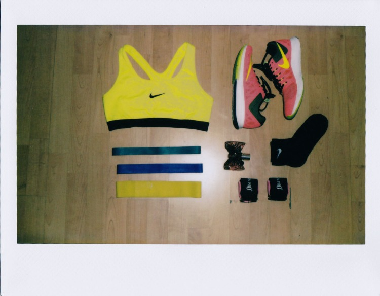 polaroid outfit1